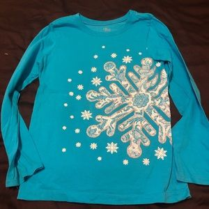 The Childrens Place snowflake shirt